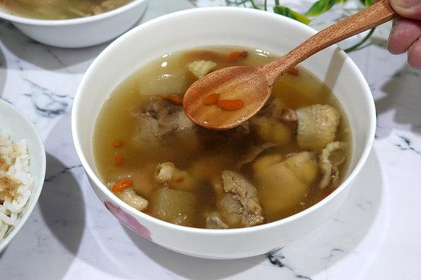 好吃冷凍雞湯包推薦-綠野農莊雞湯料理包、雞肉燥 (16).jpg