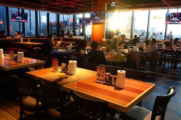 Hooters信義店-遠百信義A13餐廳推薦,遠百信義A13聚餐餐廳 (7).jpg