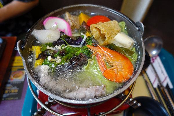 西門町美食小牛匠焗烤串燒牛排 (28).jpg