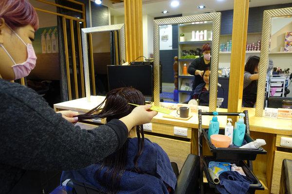 蘆洲美髮沙龍-迪薾髮型,專業平價蘆洲染髮、結構護髮推薦 (32).jpg