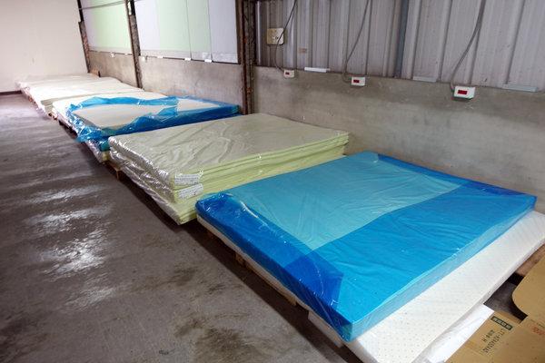台中床墊工廠直營,台中獨立筒床墊,大里八鐘頭展示工廠 (13).jpg