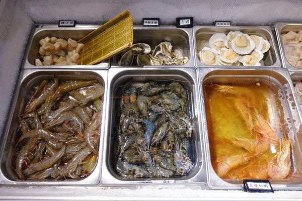 台北超值火鍋-丼賞和食嗨蝦蝦百匯鍋物吃到飽 (29).jpg