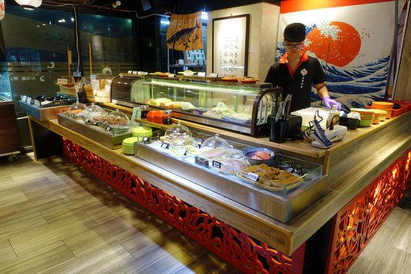台北聚餐火鍋吃到飽-嗨蝦蝦百匯鍋物吃到飽,罐裝啤酒喝到飽 (15).jpg