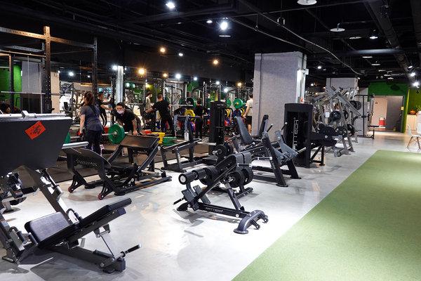 汐止健身房推薦-好客fitness,免綁約有以分計費、便宜月費可計次健身房,器材齊全教練專業、台北筋膜放鬆課推薦