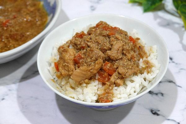 好吃冷凍雞湯包推薦-綠野農莊雞湯料理包、雞肉燥 (27).jpg