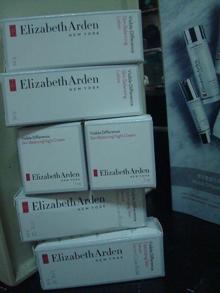 [試用]Elizabeth Arden 伊麗莎白雅頓頓煥采活顏新肌精華+煥采活顏平衡乳液+煥采活顏平衡晚霜