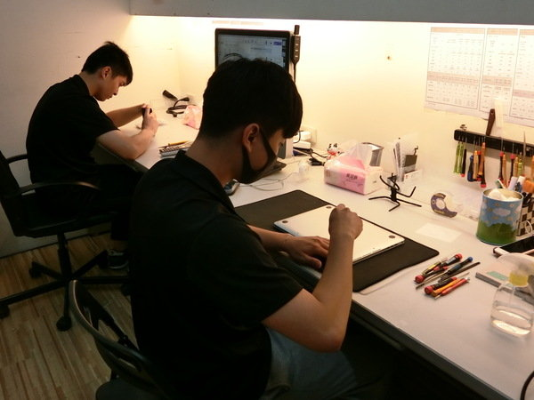 macbook pro 背板拆解-台北iphone維修推薦
