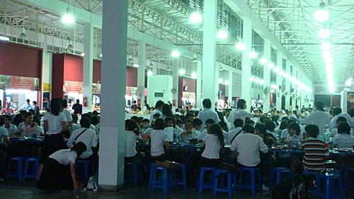 (旅遊~美食~泰國 曼谷)勇闖SAMYAN市場 ~ 吃學生平價美味海鮮