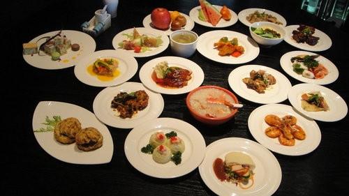 (美食 - 宜蘭) 蘭城百匯 (晶英酒店) ~ 現流海鮮吃到飽 ! 超值美味 !
