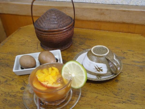 (美食 台中) 雙江茶行 ~ 水果茶 & 茶葉滾蛋 超正點