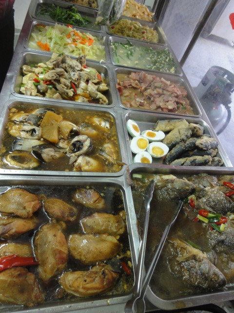 (美食 台南 七股) 龍山自助餐 ~ 在地人吃的早餐都超澎湃的啦!