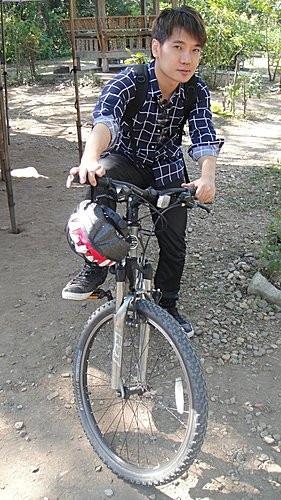 (旅遊~泰國 清邁) 魏功甘古城+ 班塔歪村 Baan Tha Wai ~ 騎單車遊古城+逛東南亞最大木製傢俱批發中心