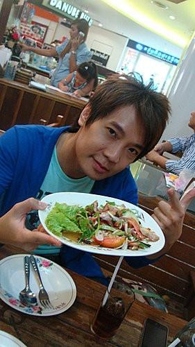 (美食~曼谷 勝利紀念碑站) ฝุ่นตลบ Fun Dalob ~ 美味平價泰菜小館