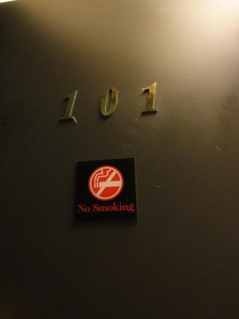 (住宿 台中 烏日) 高鐵戀館 ~ 離台中烏日站最近的汽車旅館