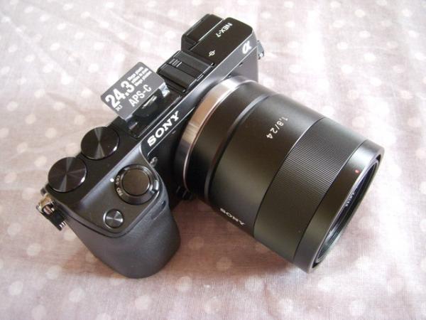 (3C開箱文)SONY  NEX-7+卡爾蔡司鏡頭~時尚輕巧讓人愛不釋手