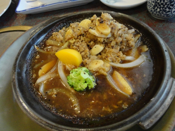 (美食~高雄)宮圓日本料理~值得一試的陶板牛肉堡套餐