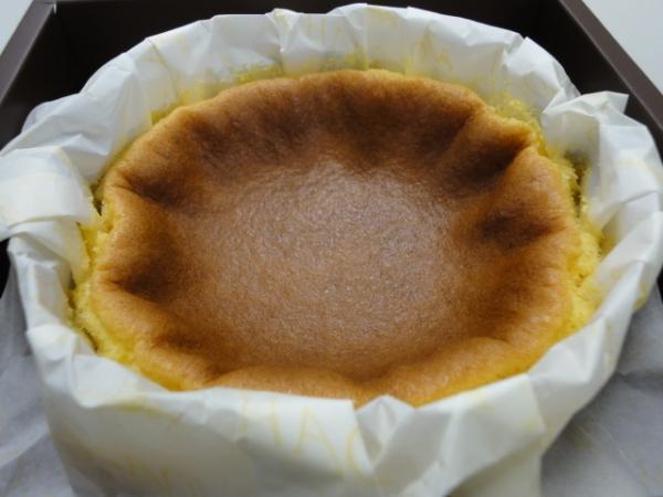 (美食開箱文 ~ 可宅配) 諾亞半熟蛋糕專門店 NOAH ~  你有聽過會爆漿的蜂蜜蛋糕嗎?