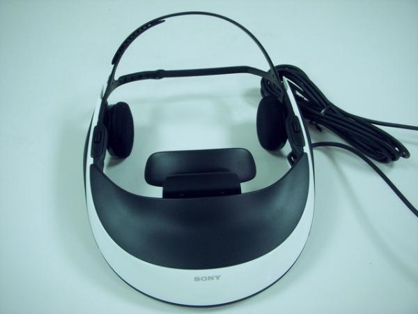 (3C開箱文)SONY  HMZ-T1~3D 頭戴式電影院