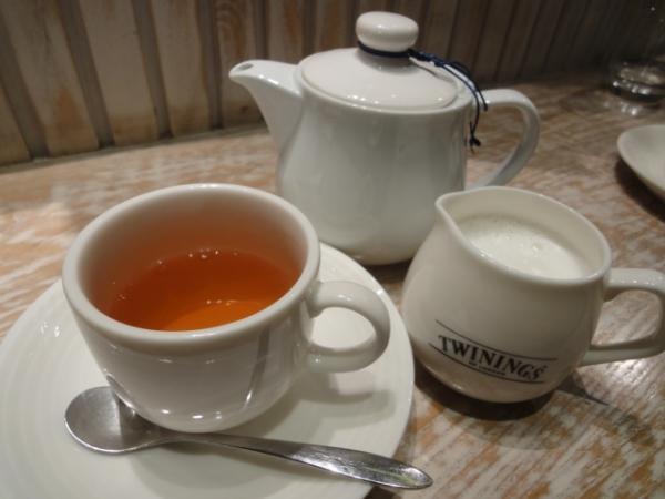 (美食 台北火車站) Ariel Le Cafe 艾莉兒咖啡 ~ 王子超推的夢幻法式下午茶