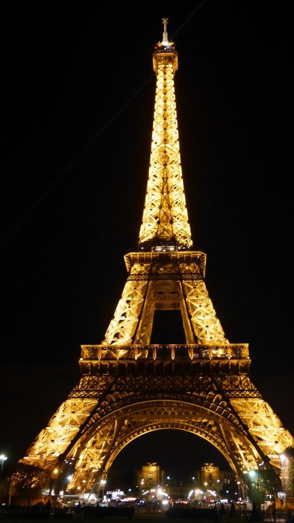 Paris, 讓我們去蒙馬特看愛牆