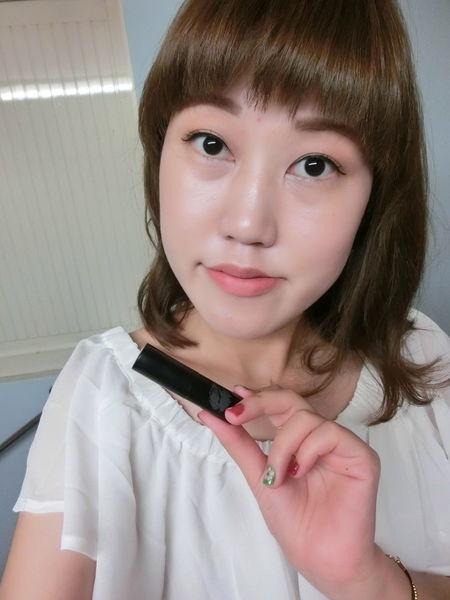 E-glips-多功能璀璨甜心口紅- Anna,簡單畫出屬於我的時尚土色唇彩~