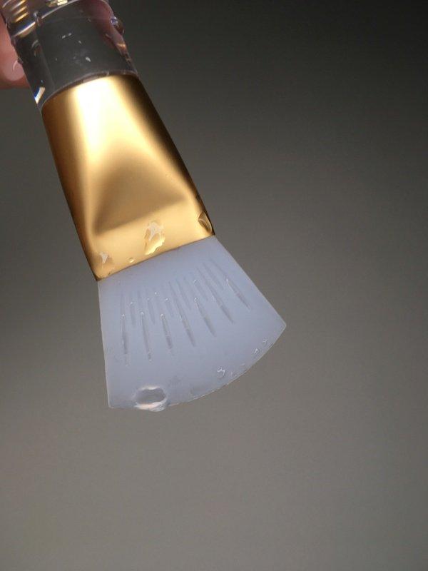 LSY 林三益 敷臉小魔刷 不沾手 敷臉刷  泥膜 凍膜 專用 多功能 設計 熱敷 冰敷 矽膠 神奇 chialo beauty brush
