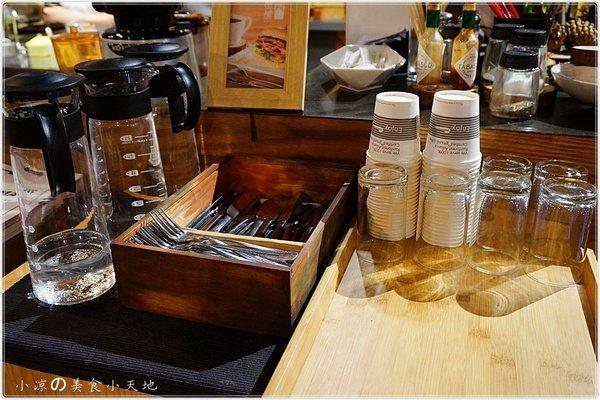 08712179 3c18 440e b1eb ad44e35826fe - (熱血採訪)煙燻咖啡館║巷弄寧靜咖啡味。來場鬆餅PARTY,內餡自由搭配,玩翻你の味蕾