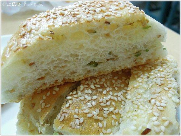 1507fa56 93fe 45a1 ac24 b5184672be44 - 巨人傳統早餐║加大版燒餅油條觸動你心?!傳統中的老滋味!