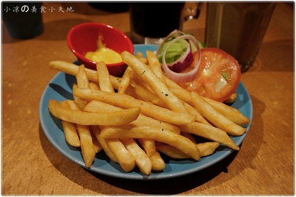 3d5b5fca 242b 4cd4 8616 42bae7379278 - (熱血採訪)Mambo Burger慢堡(東海店+wifi)。北歐風格美式早午餐全天供應。東海大學美食