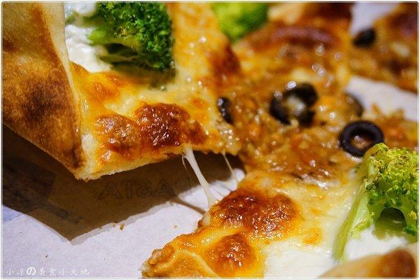 4b7f99fd 73ca 4c1a af63 e2eb858fca95 - (熱血採訪)Pizza Factory 披薩工廠║派大星披薩來也~美式工業風。PIZZA/燉飯/義大利麵任你選。