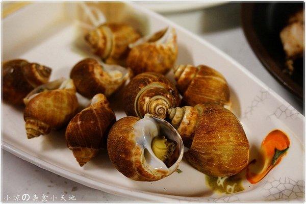 4c7a982b 2920 4d9d 92cd f28f454b9d8d - (熱血採訪)那兩蚵║戶外景觀夜景炭烤。東石鮮蚵直送。吃的到來自大海最鮮美の味道