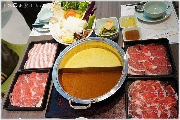 ae61f8a4 4972 4232 b349 63ccbe57f188 - 『台中。北區』藍象廷║泰式火鍋吃到飽。泰味泰鮮滿足大口吃肉的你~(中友百貨15F)