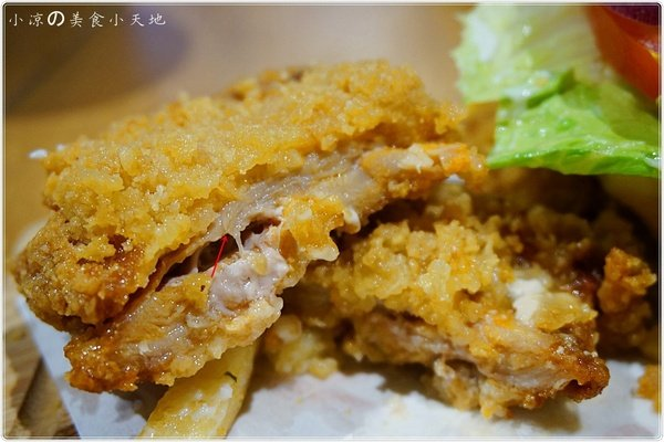 b6111463 6bb6 422f 941b 7258d2ab1ef4 - (熱血採訪)Mambo Burger慢堡(東海店+wifi)。北歐風格美式早午餐全天供應。東海大學美食