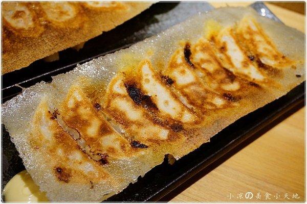 deb3fd9a 9a09 48e2 8ff4 a82226bbf2b4 - 有喜屋Ukiya日式煎餃居酒屋║公益路美食。傳統的日式居酒屋。竟然只賣煎餃?!