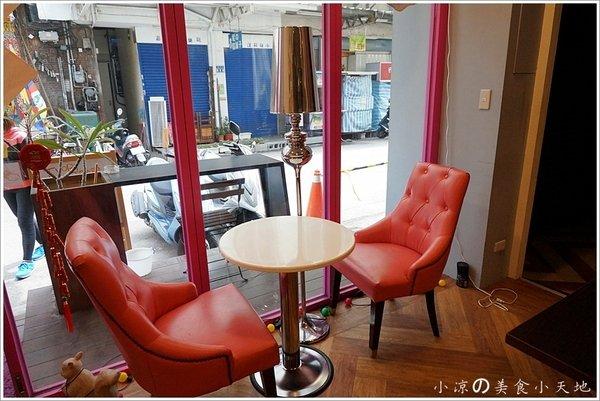 f7385601 4904 4dc7 a595 34aa9ff4efd7 - (熱血採訪)隱藏在寧靜巷弄內的貓餐廳─IVORY TOWER CAF'E 象牙塔咖啡