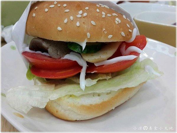 f796c4bf 917f 4b6c 8657 4d02d433d258 - 晨晞純素生活小舖。獨特美味漢堡連小孩都叫好。蔬食健康新選擇