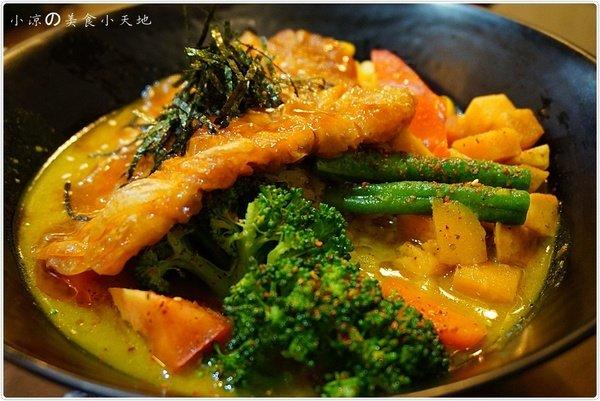 faac453d e75e 41a8 9570 c1edfab2b6c8 - 滷菩提蔬食料理║來自星星的~韓式炸G。多國蔬食料理一次齊發!!!
