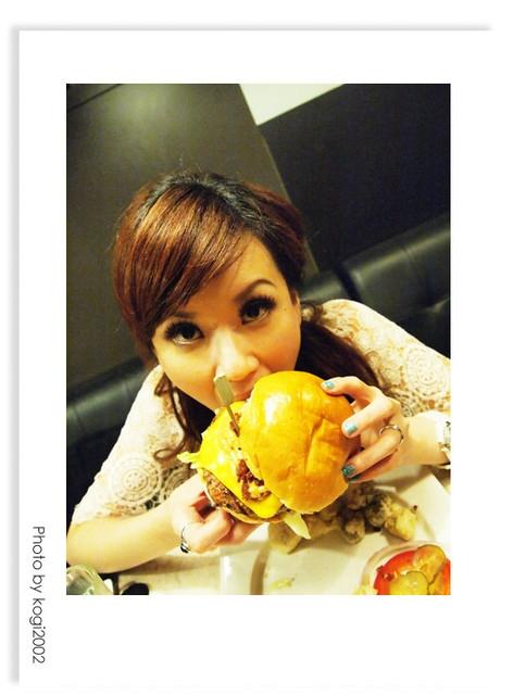 【食記】發福廚房Bravo Burger!小心真的會發福