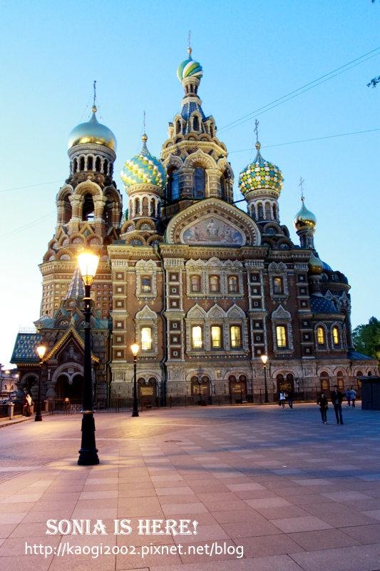 ▋迷幻俄羅斯 ▋在童話般的街道遇見五彩繽紛滴血教堂♥