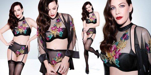 麗芙泰勒Liv Tyler代言ESSENCE春夏系列,穿著艾聖思奢華炫耀系列(亞洲限量款式、台灣限量上市).jpg