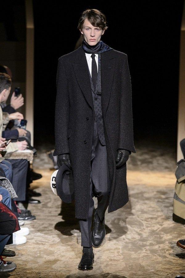 2. Ermenegildo Zegna Couture 16AW Look002.jpg