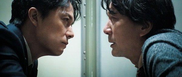《第三次殺人》 福山雅治 役所廣司雙雄對峙.jpeg