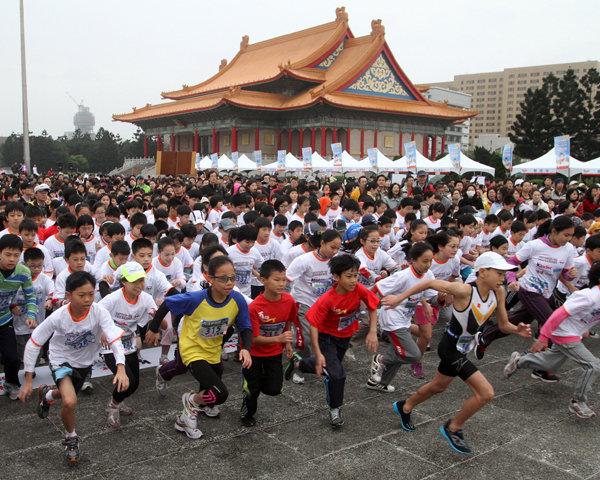 第三屆健達兒童路跑賽 專業兒童運動賽事 名人齊呼應