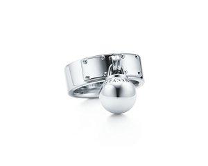 Tiffany HardWear 懸掛球形純銀戒指  NT$16,000.jpg