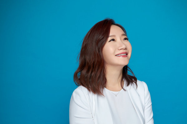 蘭蔻X陶晶瑩 邀妳一起愈活愈年輕_訪談照4 s.jpg