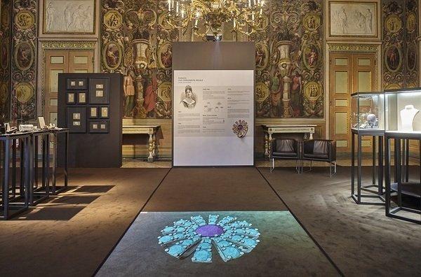 13.Margherita瑪格麗特系列珠寶於義大利皇宮展示.jpg
