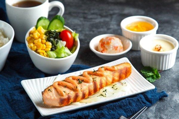 「明太子烤鮭魚排」.jpg