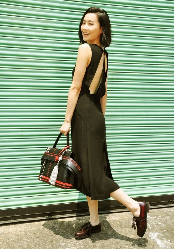 FalaChan_Tod's Wave Bag and shoes_Aug 2016.jpg