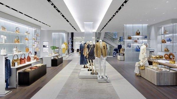MICHAEL KORS 倫敦旗艦店正式開幕  迎賓樓面展現獨特奢華風格.jpg