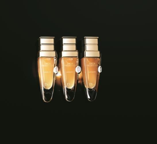 迪奧精萃再生花蜜系列--密集煥顏療程 新聞稿1.jpg